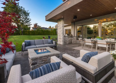 clyde hill interior design backyard