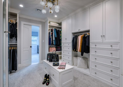 master bedroom walk in closet design (1)